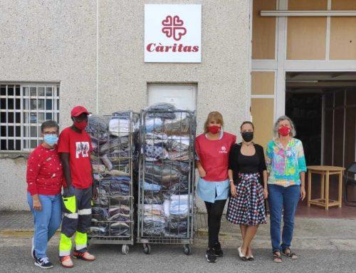 Donación de prendas de ropa a Cáritas Diocesana de Tarragona